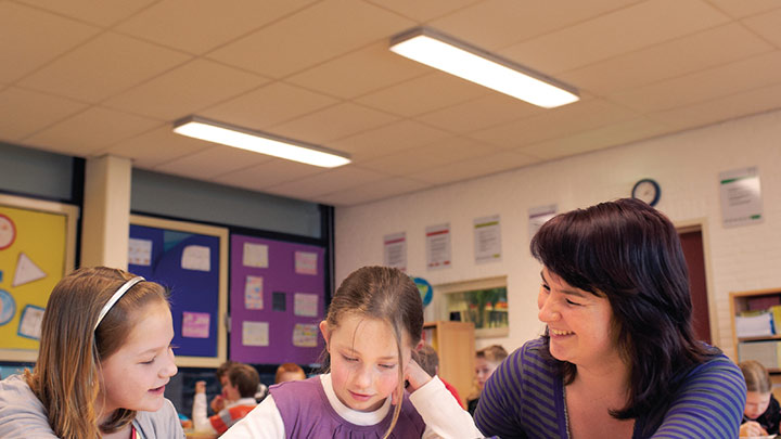 SchoolVision - Philips Lighting
